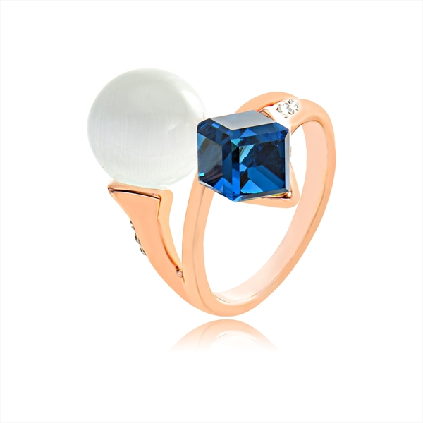Picture of Nice Swarovski Element Zinc Alloy Fashion Ring