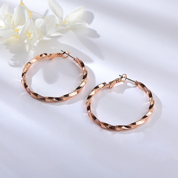 Picture of Zinc Alloy Classic Big Hoop Earrings at Super Low Price